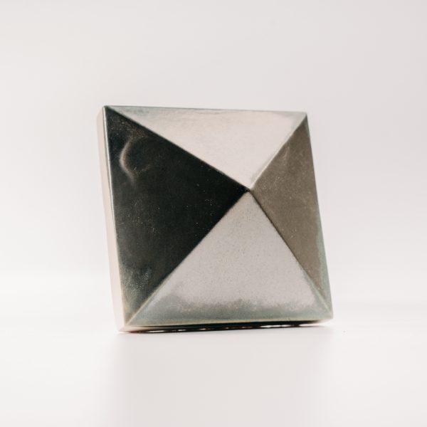 Piramis csempe bronz patina - bronze patina