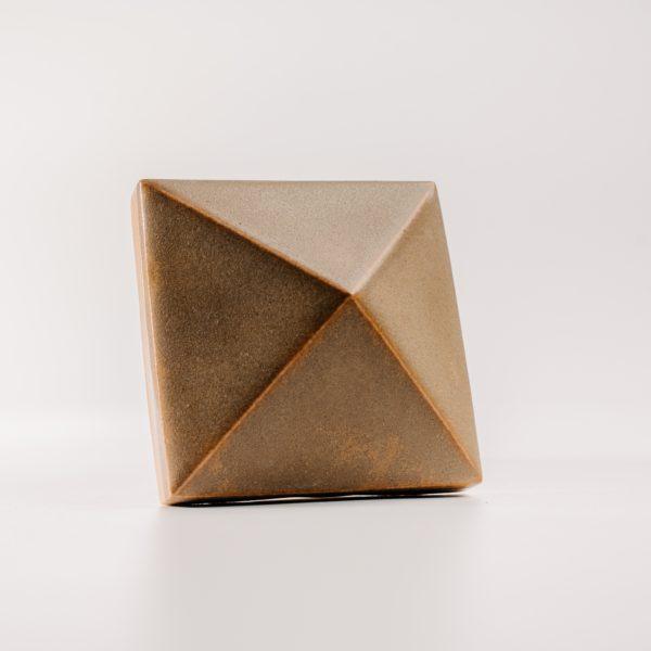 Piramis csempe vörösfenyő - redwood